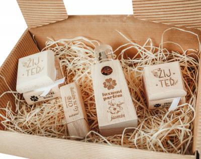RaE přírodní kosmetika - Dámský dárkový balíček - Žij teď - velký