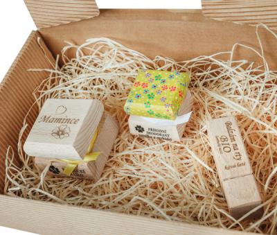 RaE přírodní kosmetika - Dámský dárkový balíček  - Vanilka a orchidej - Vlastní motiv barevný